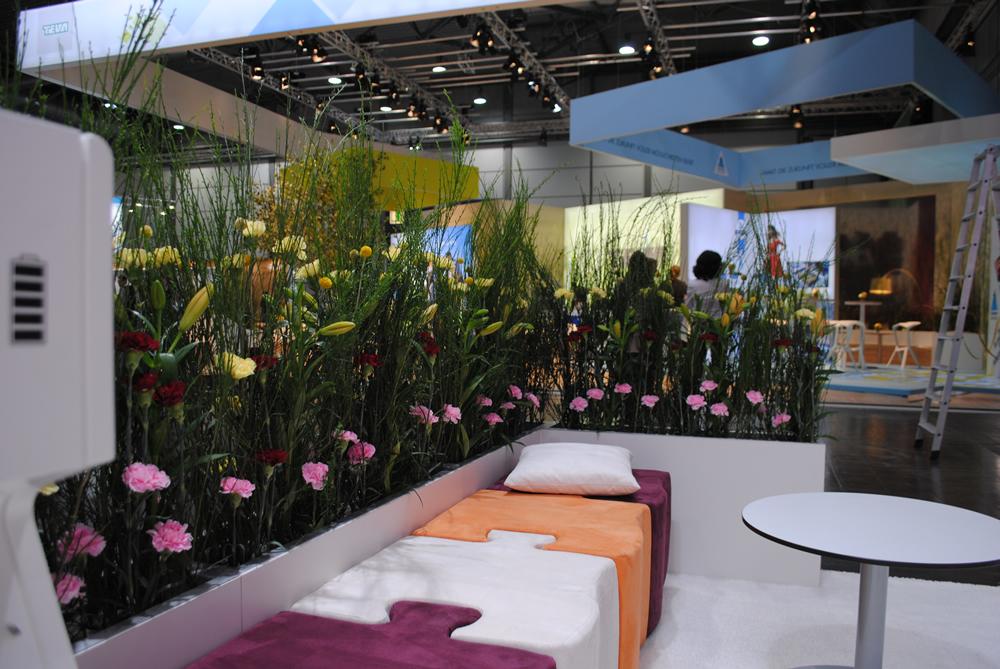dekoration raumgestaltung hydrokulturen zimmerbrunnen seidenblumen seidenpflanzen. Black Bedroom Furniture Sets. Home Design Ideas